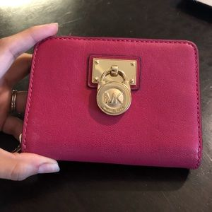 Hot pink Michael Kors Wallet in great condition